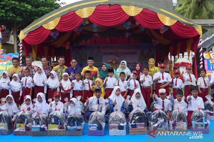 Video-Bupati HSS : Tradisi peringatan hari jadi kecamatan akan terus dilanjutkan