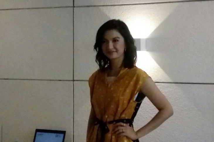 Artis Raline Shah buka kedai kopi untuk vegetarian