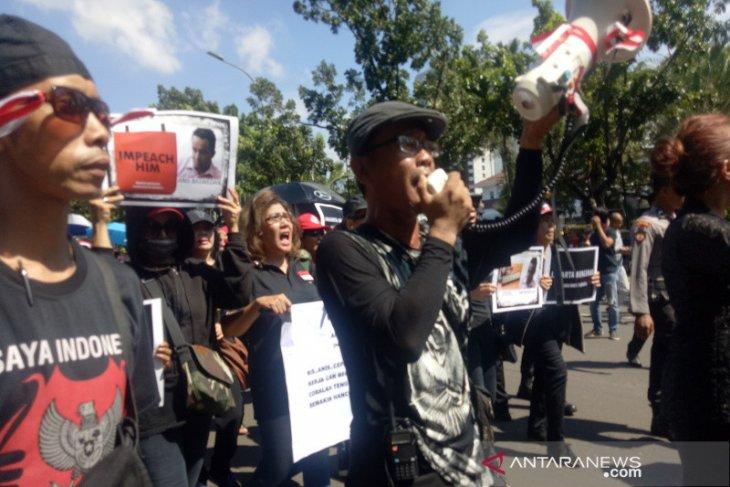 Bang Japar vs Jakarta Bergerak sempat mengalami cek cok saat aksi longmarch