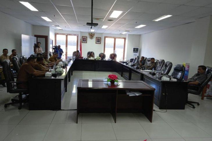 KKP diharapkan rehabilitasi empat pabrik es di Buru dan Malteng