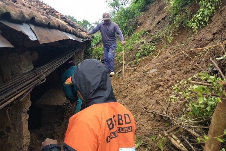Landslide strikes six villages in C Java's Kudus