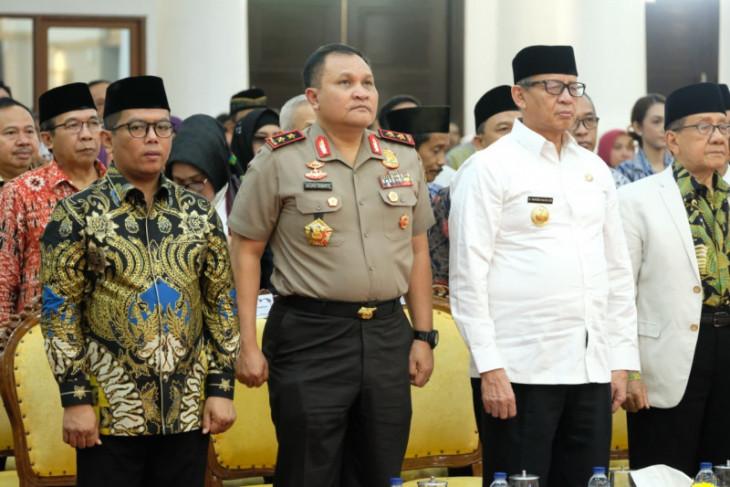 Gubernur Banten Wahidin Halim persilahkan para tokoh koreksi kinerjanya