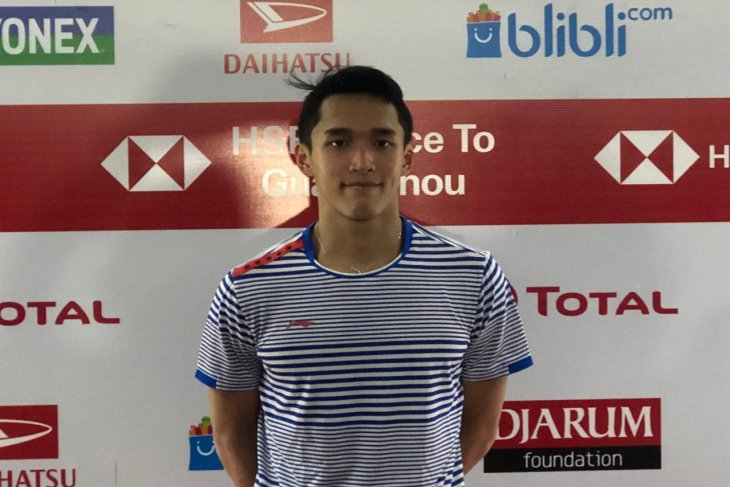 Dikalahkan Antonsen,   Jonatan terhenti di perempat final Indonesia Masters