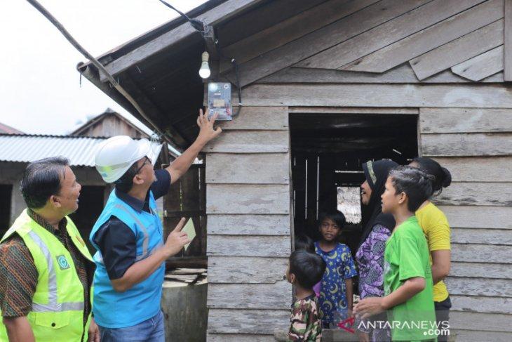 PLN UIW Kalbar gandeng mitra bantu listriki 81 rumah warga kurang mampu