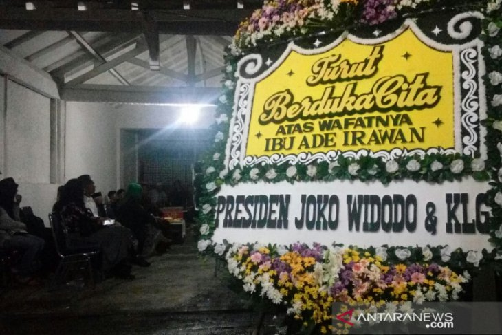 Presiden kirim karangan bunga untuk keluarga Ade Irawan