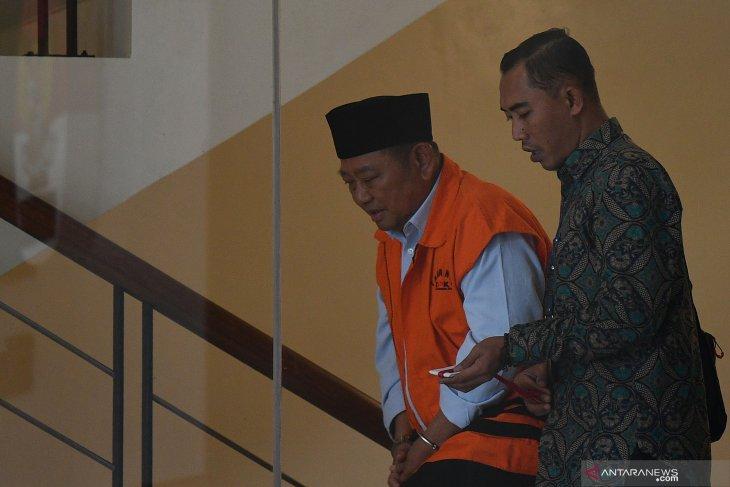 Pemeriksaan Bupati Sidoarjo Saiful Ilah