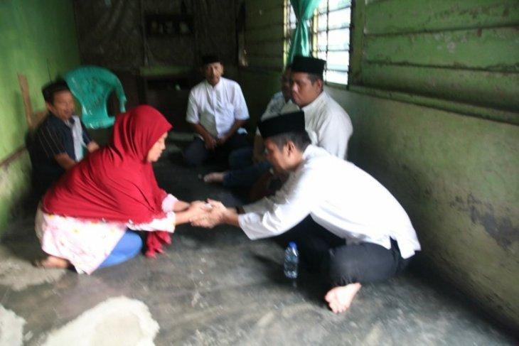 Wali Kota Pematangsiantar bersilaturahmi ke rumah warga