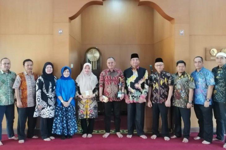PTPN IV berikan apresiasi kepada karyawan yang raih juara Festival Seni Qasidah Tingkat Nasional XXIV