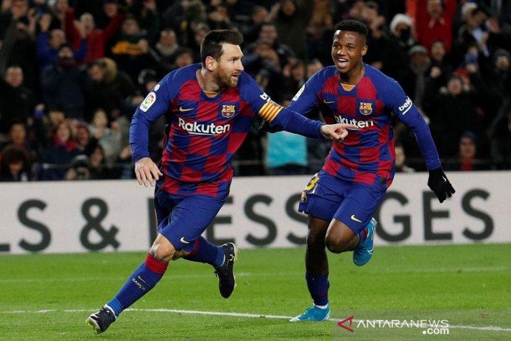 Messi bawa Barcelona kembali ke puncak klasemen Liga Spanyol