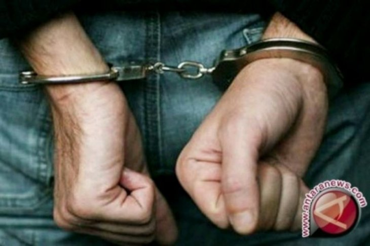 Polisi tangkap dua pria jurtul judi tebak nomor di dua tempat berbeda di Simalungun