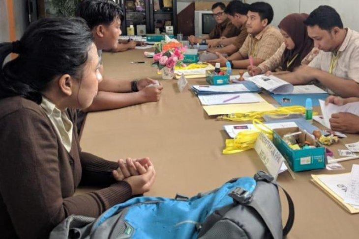 Penyandang disabilitas mendaftar jadi calon PPK di KPU Medan