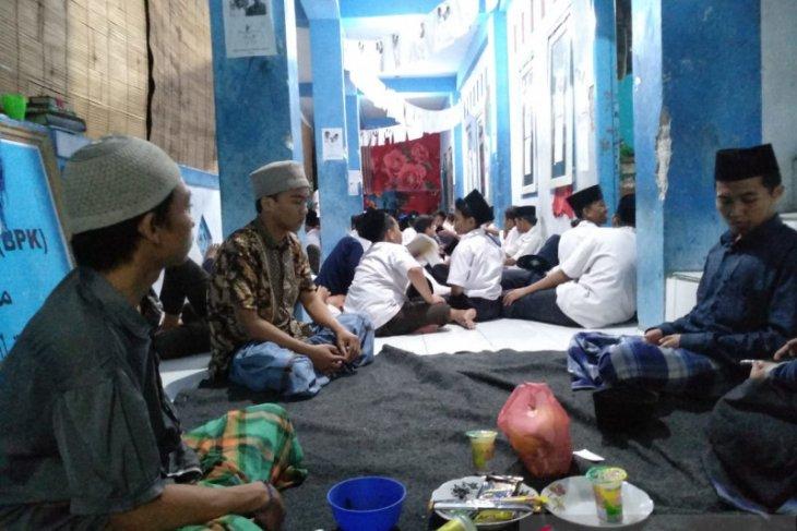 Pesantren Nurul Jadid biasakan tradisi demokrasi