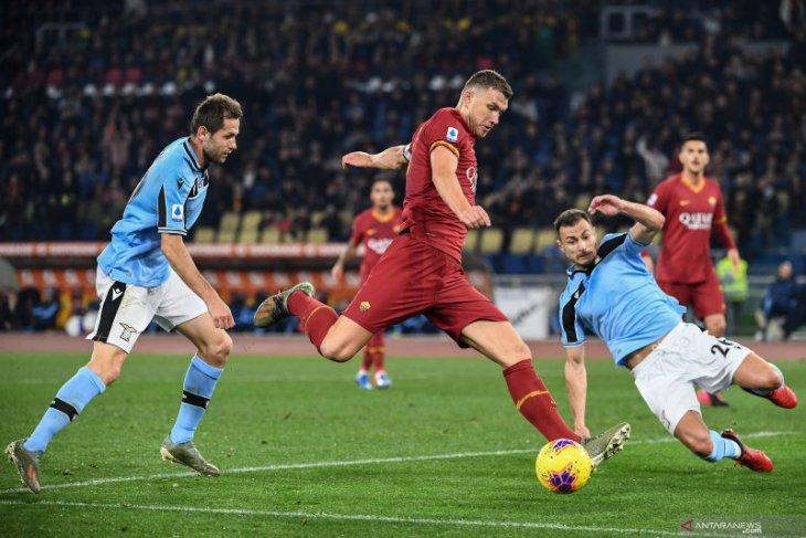 Roma mengakhiri catatan 11 kemenangan beruntun Lazio