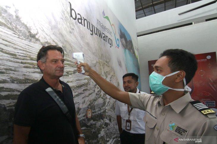 Antisipasi virus corona di Bandara Banyuwangi