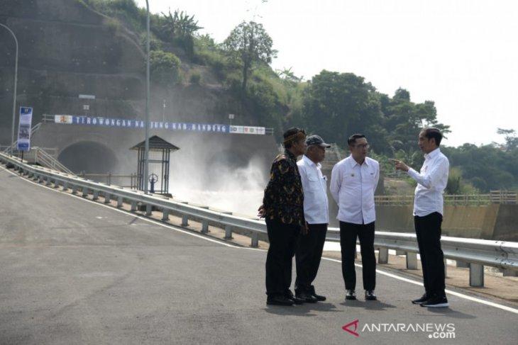 Presiden sebut terowongan Nanjung efektif kurangi banjir Bandung Selatan
