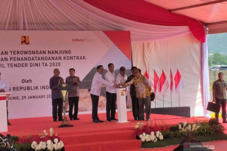 Jokowi inaugurates Nanjung tunnel in Bandung District, West Java