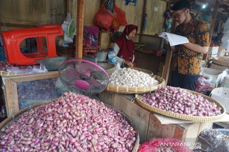 Diantisipasi, tersendatnya pengiriman bawang putih China