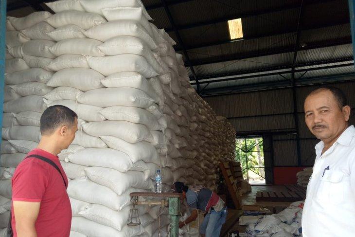 Persediaan beras Bulog Timika 1.400 ton cukup hingga Mei