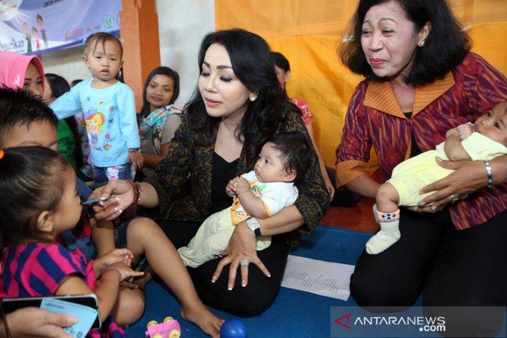 Serentak, Dinkes Denpasar berikan vitamin A pada bayi