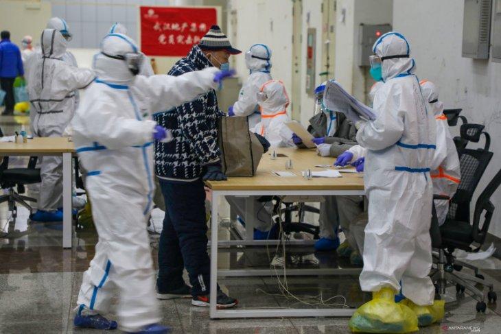China sebut 1.716 petugas kesehatan terinfeksi virus  corona