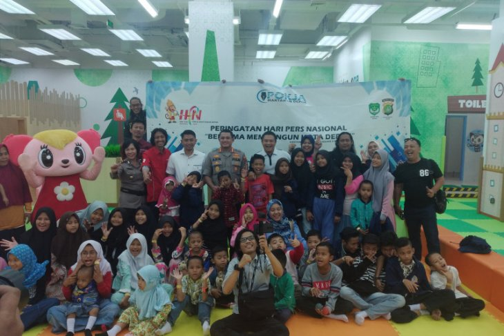 Pokja wartawan Depok rayakan HPN bersama anak yatim