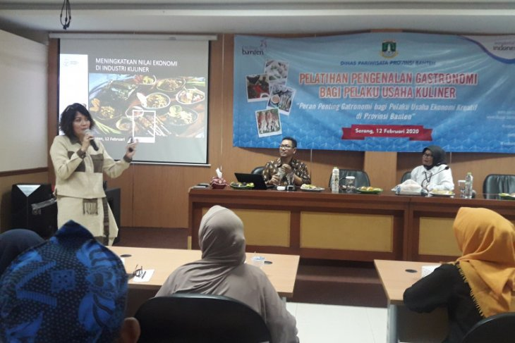 Dispar Prov Banten kenalkan gastronomi pada pelaku usaha kuliner