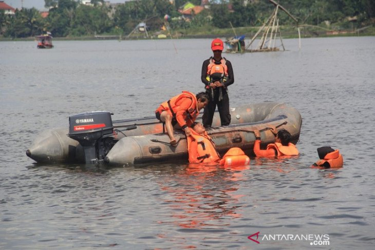 Basarnas Jambi gelar latihan operasi SAR di Danau Sipin