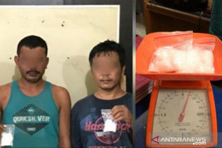 Polres Tanjungbalai ringkus dua pria pemilik 100 gram sabu