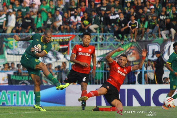 Persebaya vs Madura United 4-2, sama-sama lolos semifinal Piala Gubernur