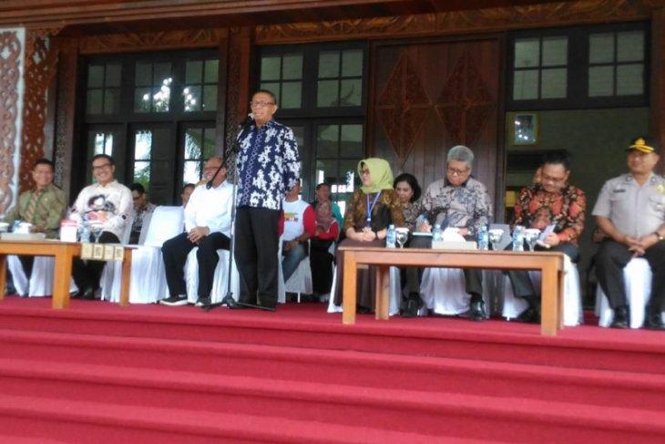 Gubernur Kalbar lepas rombongan Kepala BKKBN RI ke perbatasan