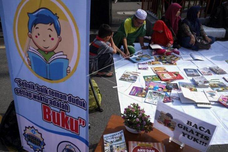 Program budaya literasi keluarga