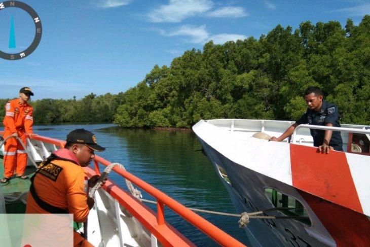 Kapal berpenumpang 10 orang tenggelam di perairan Halsel