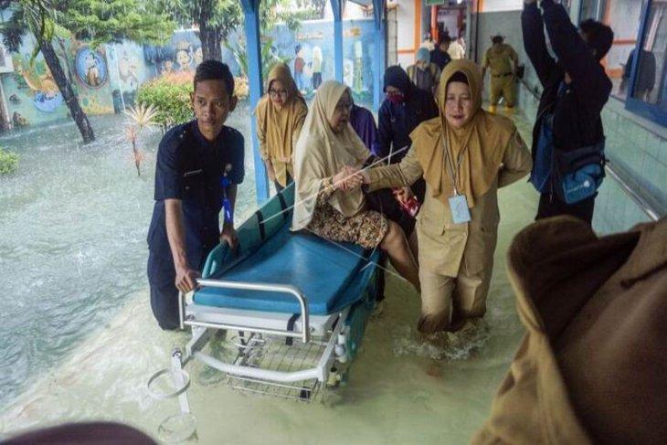 RSUD Kraton Pekalongan terdampak banjir
