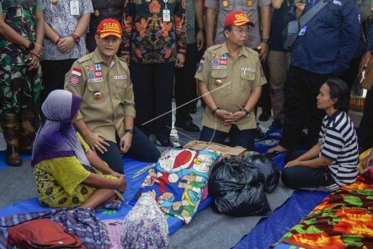 Bantuan untuk warga terdampak banjir di Pekalongan