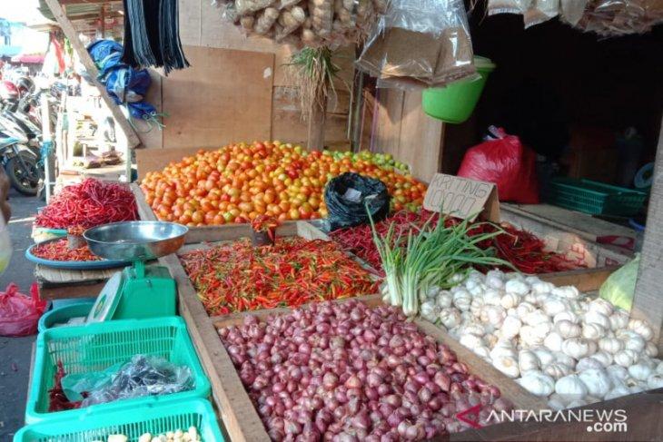 Harga cabai merah di pasar tradisional Ambon anjlok