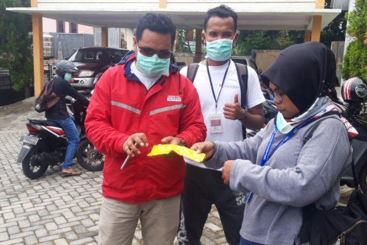 Pekerja pers di Malut dibekali APD saat liput COVID-19