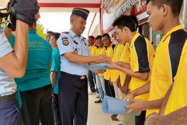 14 warga binaan Lapas Tual dibebaskan cegah COVID-19
