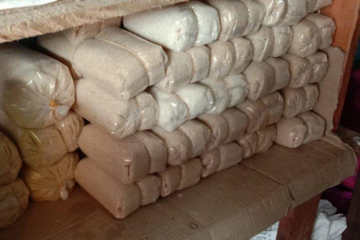 Harga gula pasir merek KBA di Ambon bervariasi