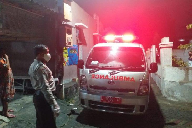 Warga Dukuh Karangan sesalkan buruknya pelayanan ambulans milik Pemkot Surabaya