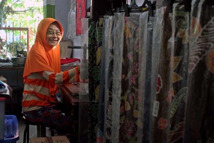 Perajin batik di Kota Kediri berkreasi di tengah pandemi COVID-19