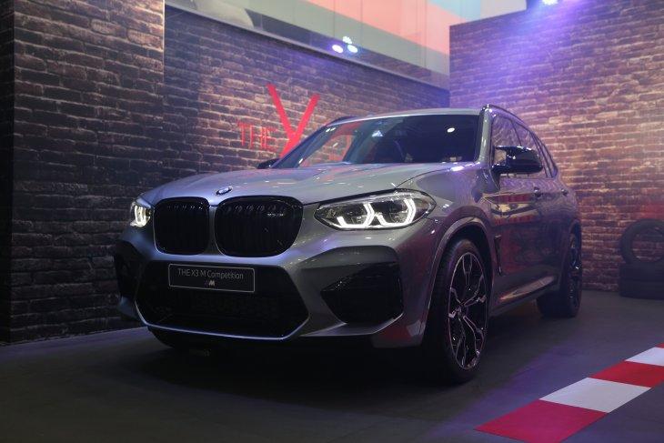 BMW X3 dan X4 M Competition hadir di Surabaya 2