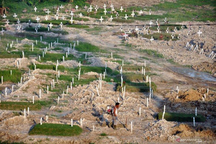 Penambahan areal pemakaman khusus jenazah COVID-19 di Medan