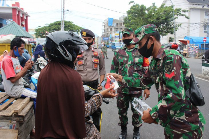 Ratusan pengendara tidak gunakan masker di Ternate ditertibkan