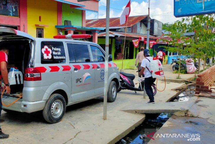 Gugus Tugas disinfektan Lokalisasi Malanu karena PSK positif COVID-19