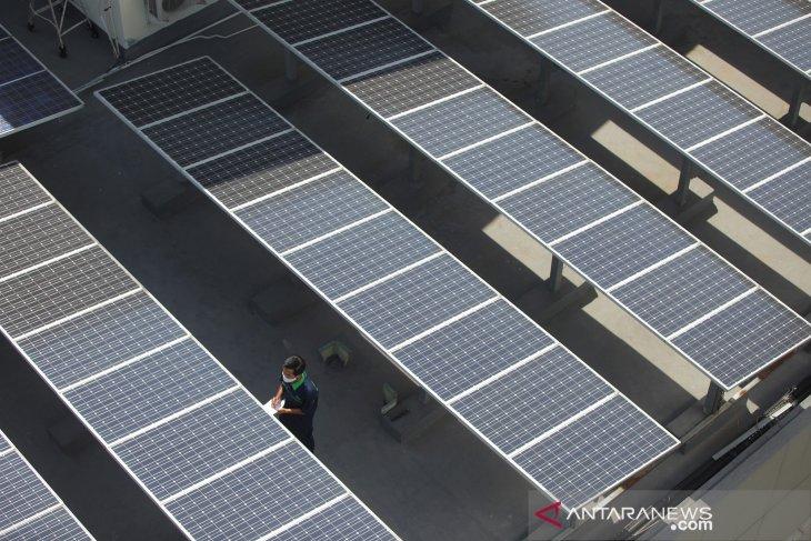 Energi baru terbarukan dan konservasi energi
