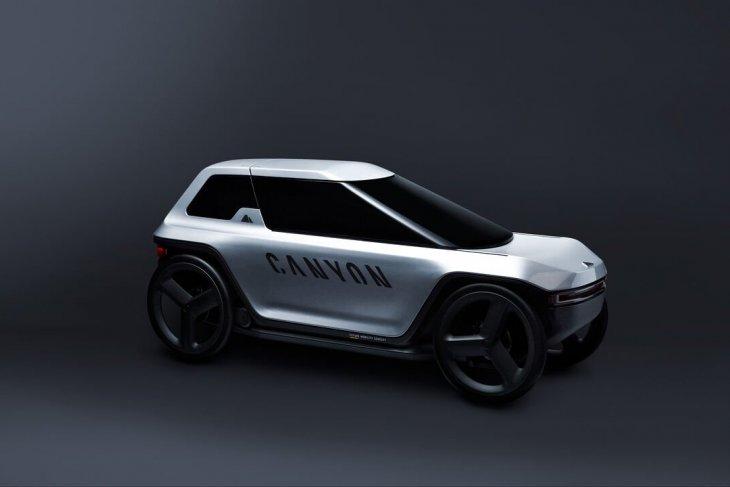 Mobil konsep Canyon digowes seperti sepeda 2