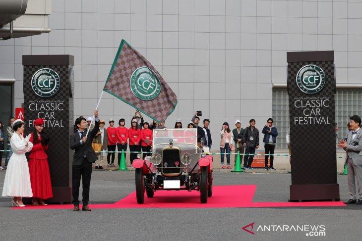 50 mobil klasik akan kumpul dan berparade di Museum Toyota 1