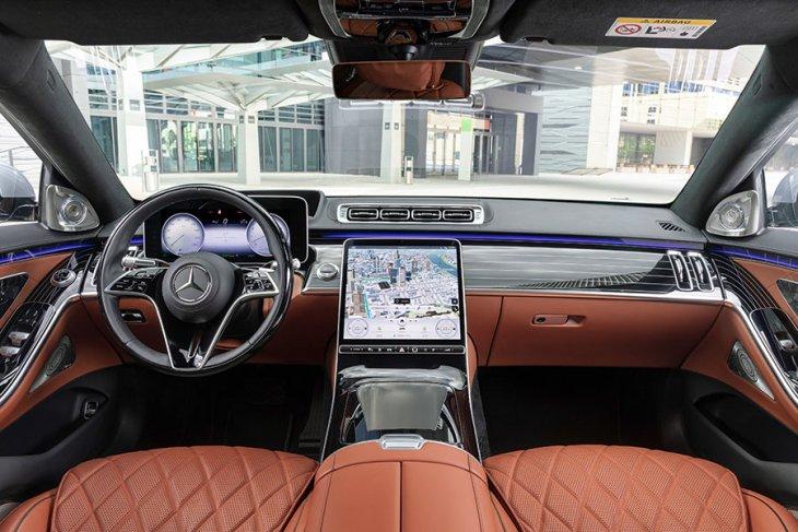 Mercedes-Benz ungkap harga sedan S-Class terbaru 1