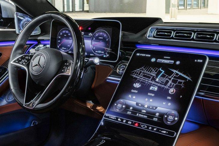 Mercedes-Benz ungkap harga sedan S-Class terbaru 2