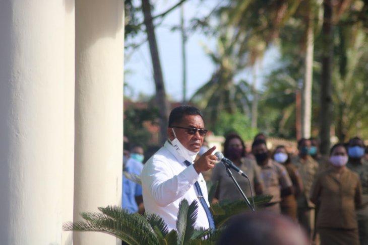 Bupati Petrus minta Kabupaten Kepulauan Tanimbar tidak disebut KKT
